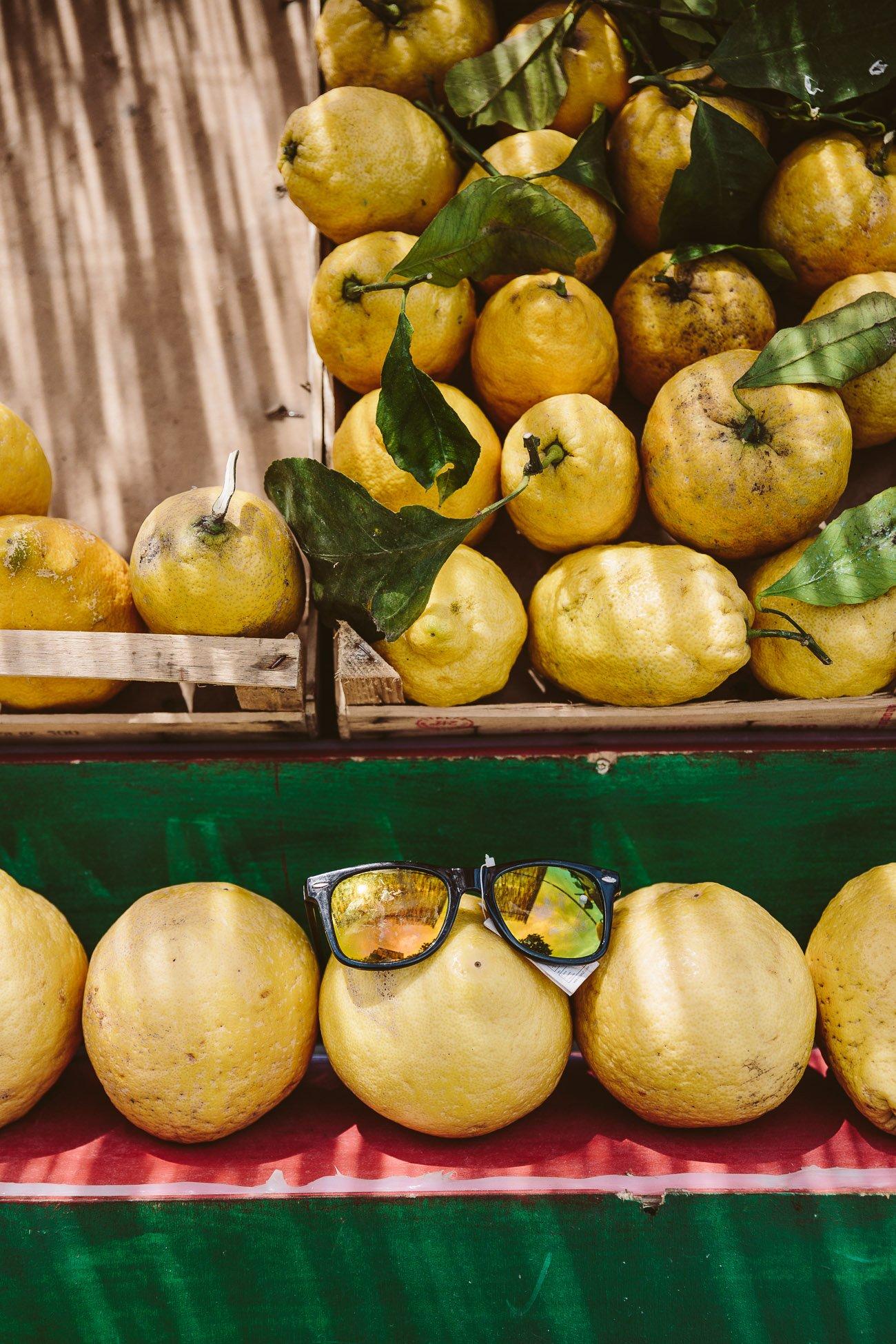 Lemon stand at the Amalfi Coast