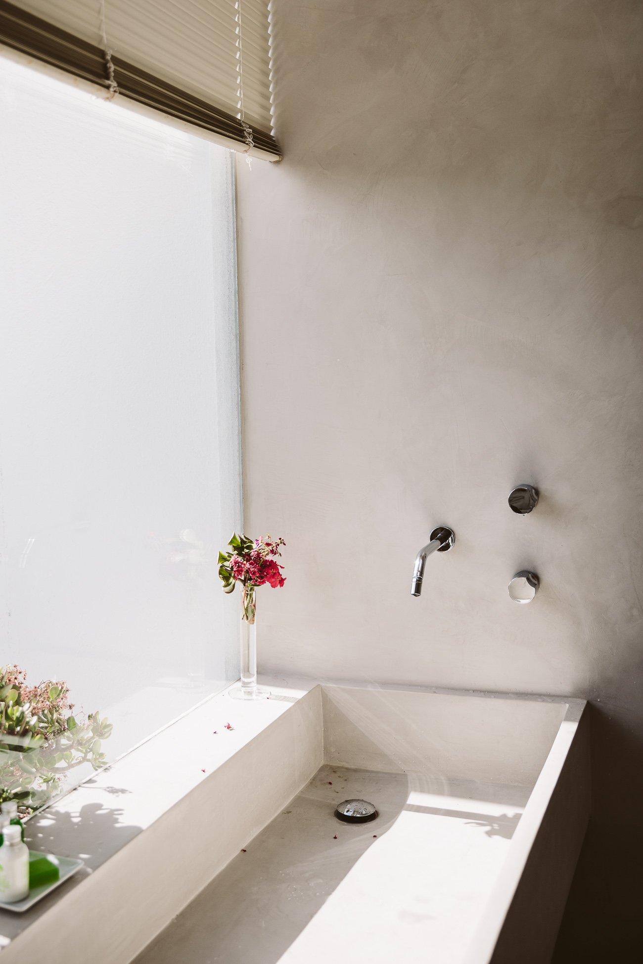 The bathroom of Suite Sur at Buenavista Country Suites Lanzarote