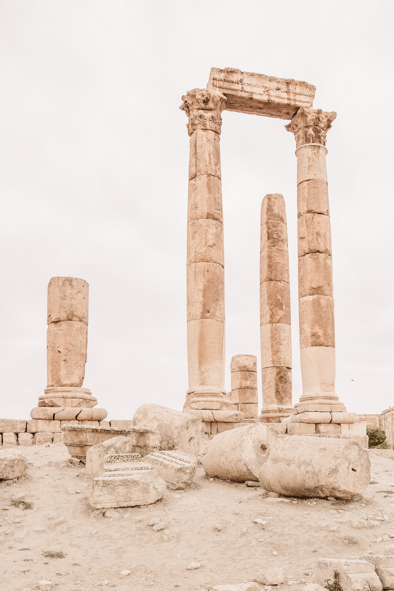 A visit of the Amman Citadel during 24 hours in Amman