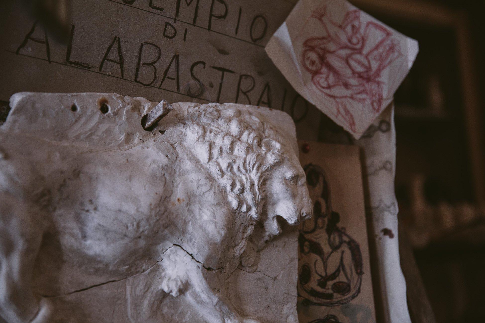 Alabaster sculptor in Volterra