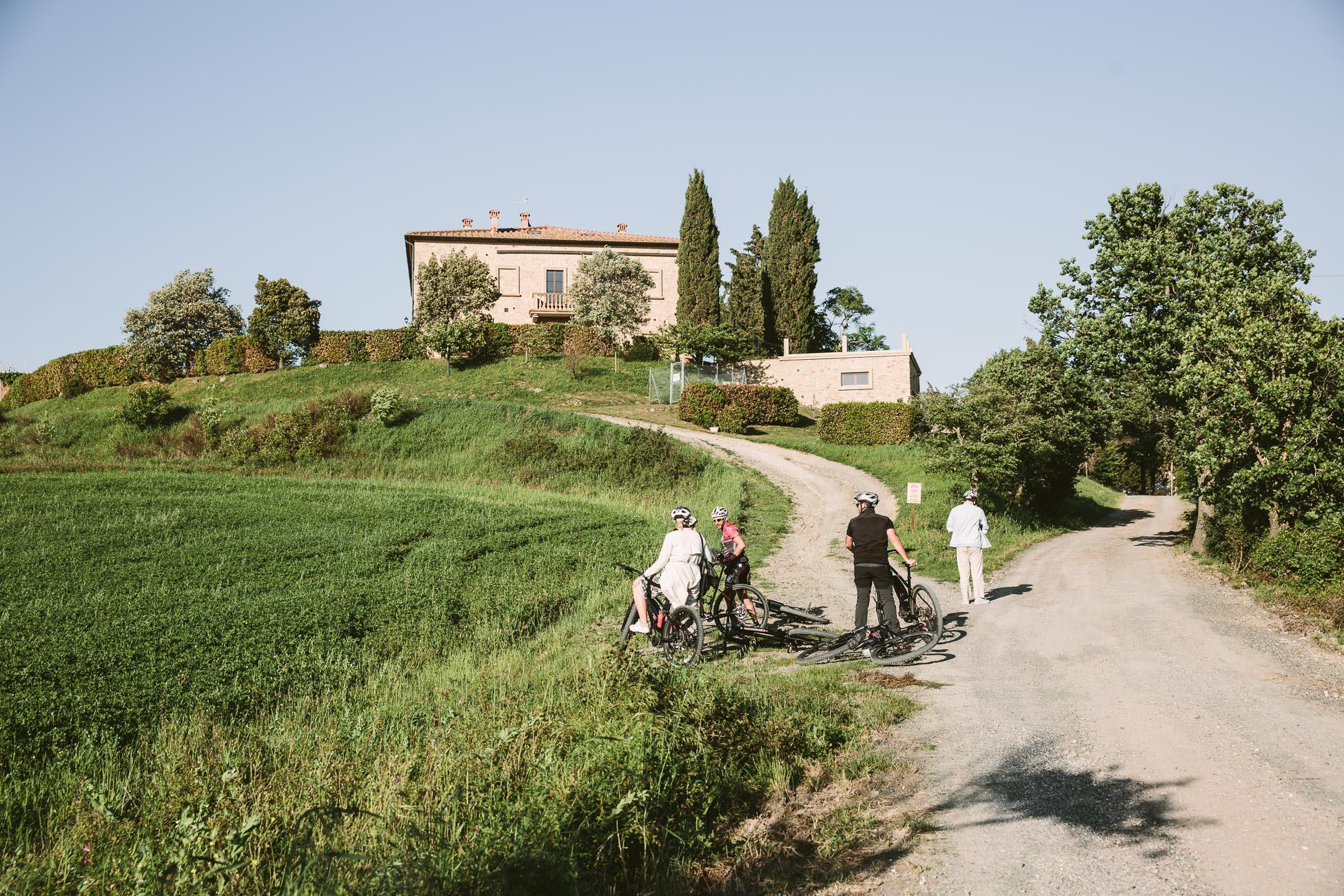 E-bike tour Pomarance
