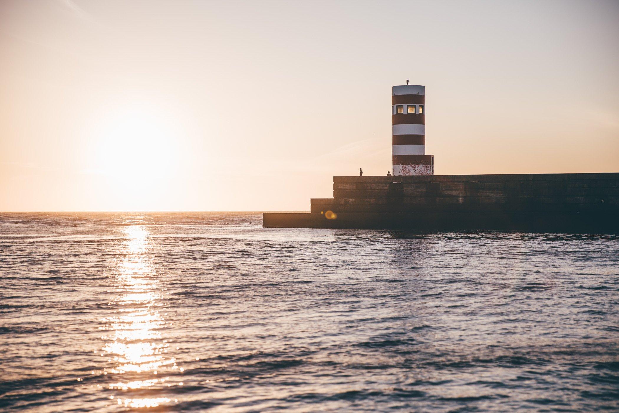 Sunset sailing cruise at Marina Alfurada Porto