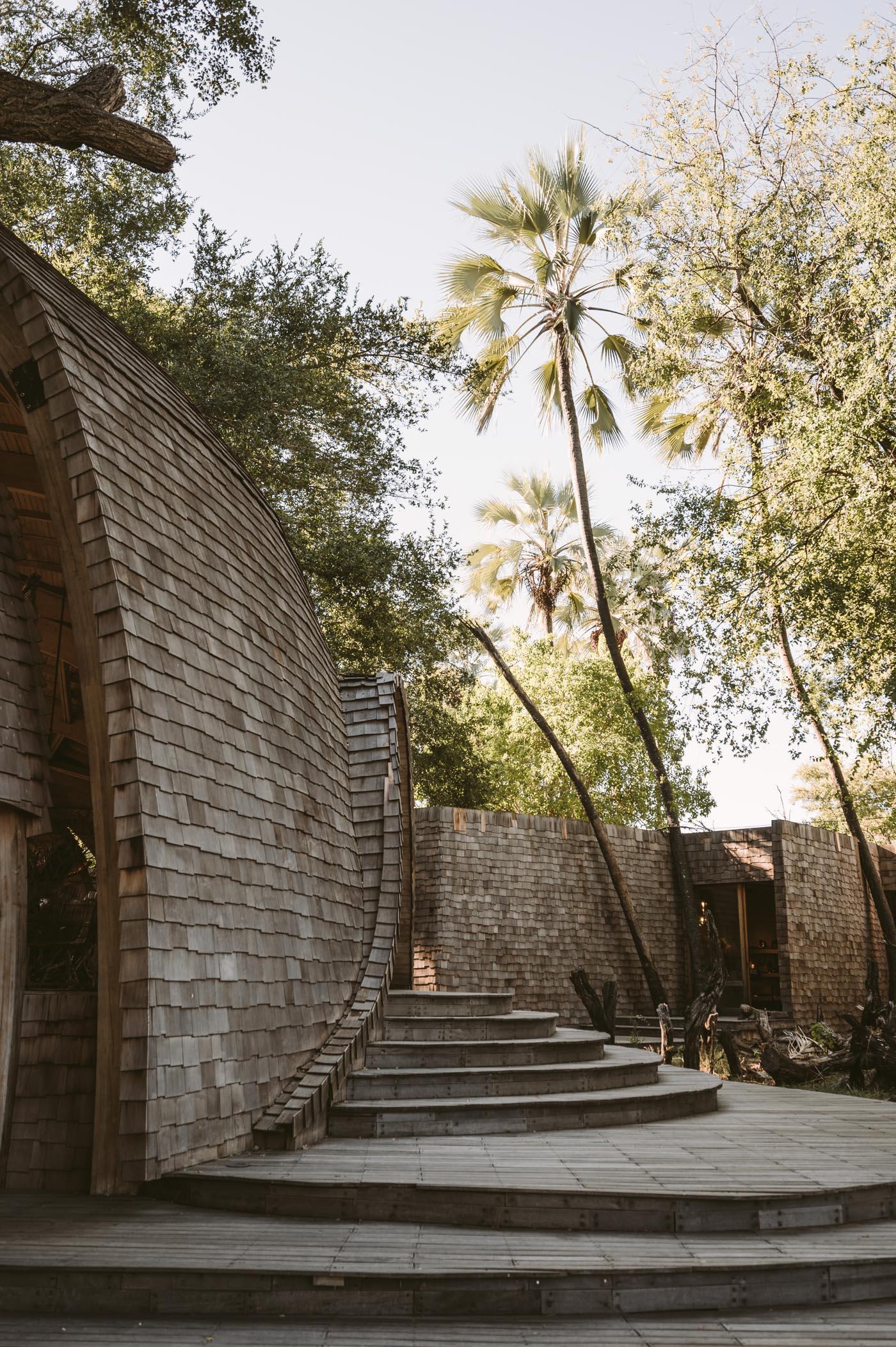 andBeyond Sandibe Okavango Delta Lodge architecture