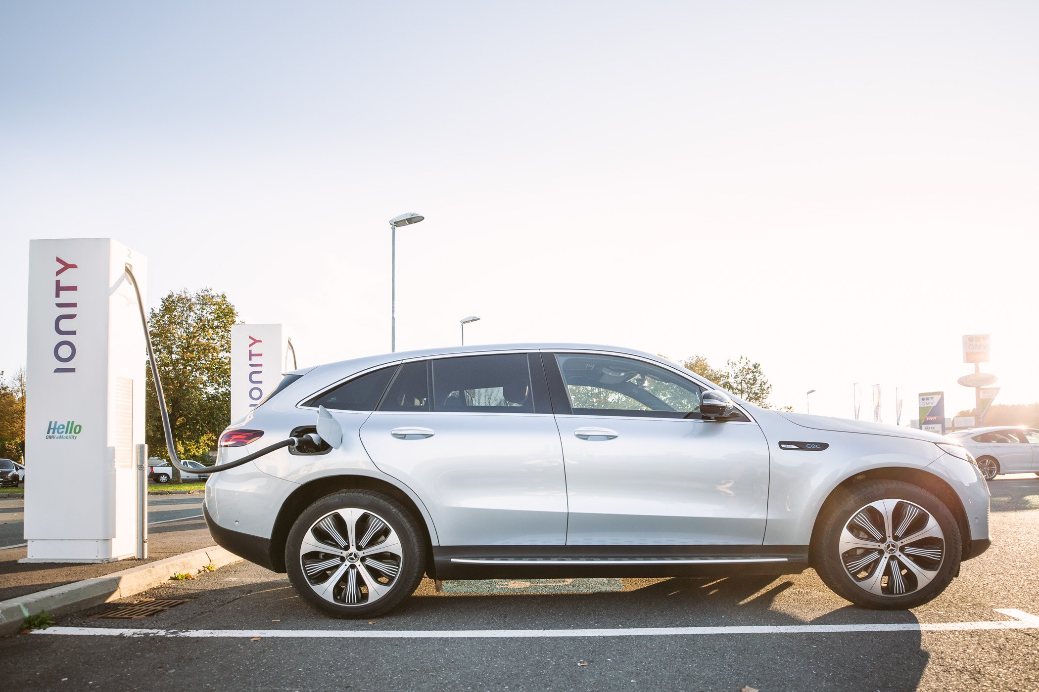 Charging the Mercedes EQC at an Ionity High power charging station