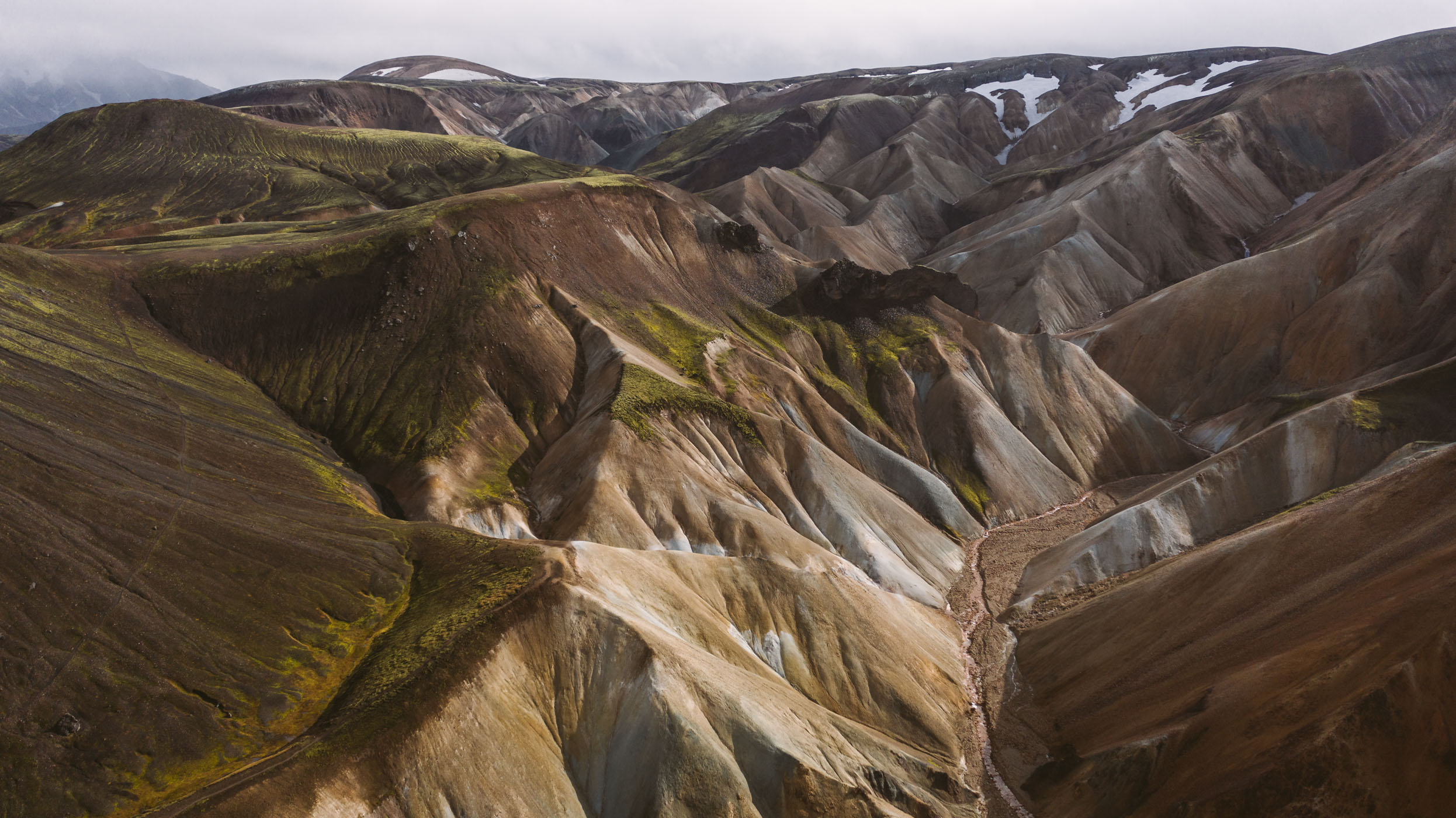 Brennisteinsalda mountain range at Landmannalaugar