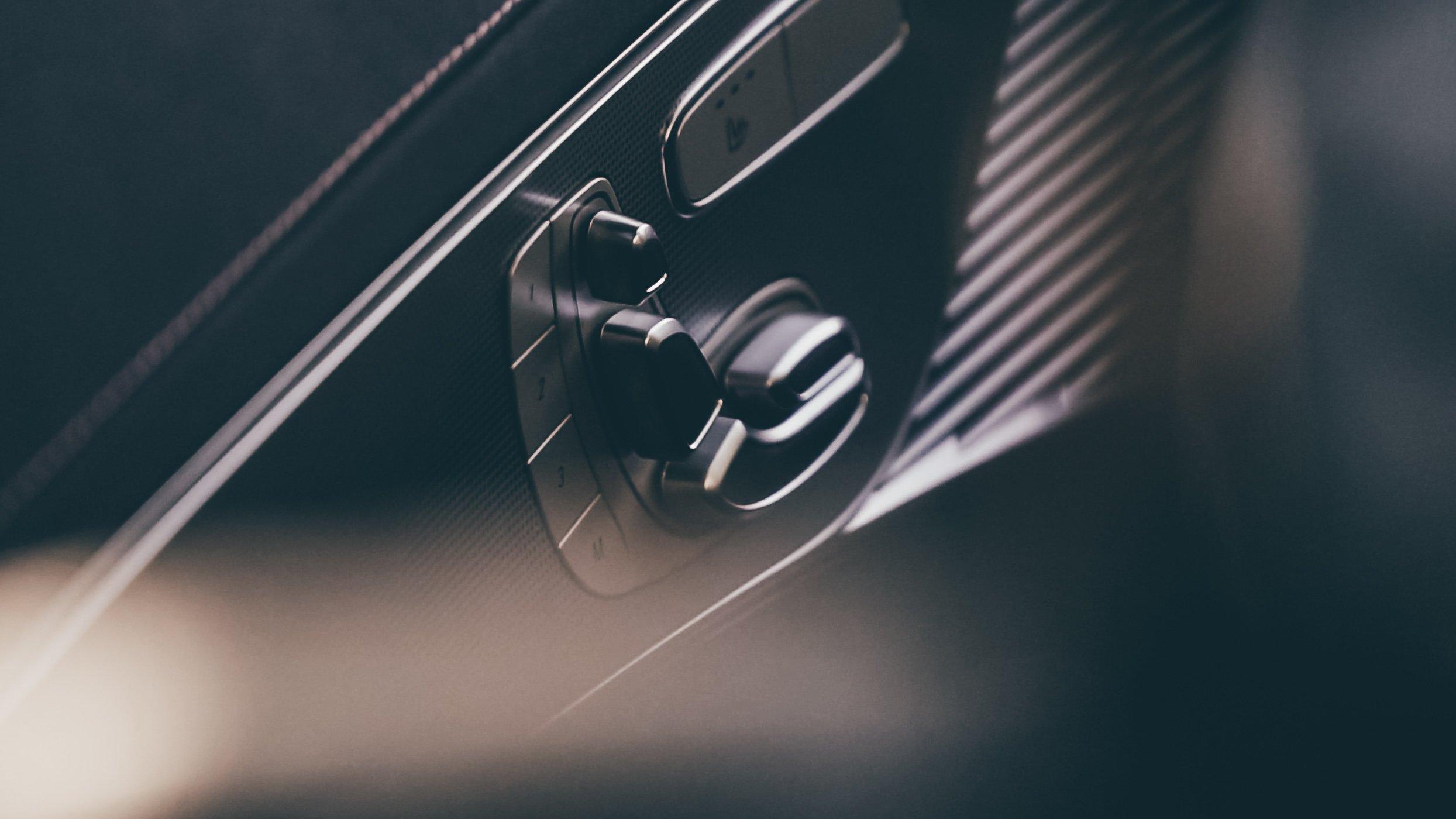Mercedes EQC interior