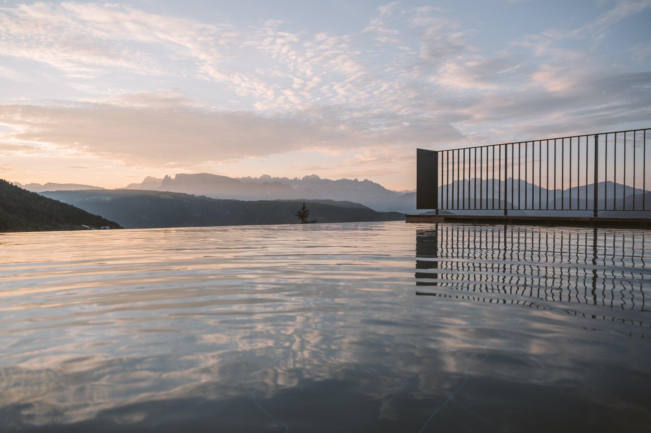 Rooftop infinity pool at Hotel Saltus South Tyrol