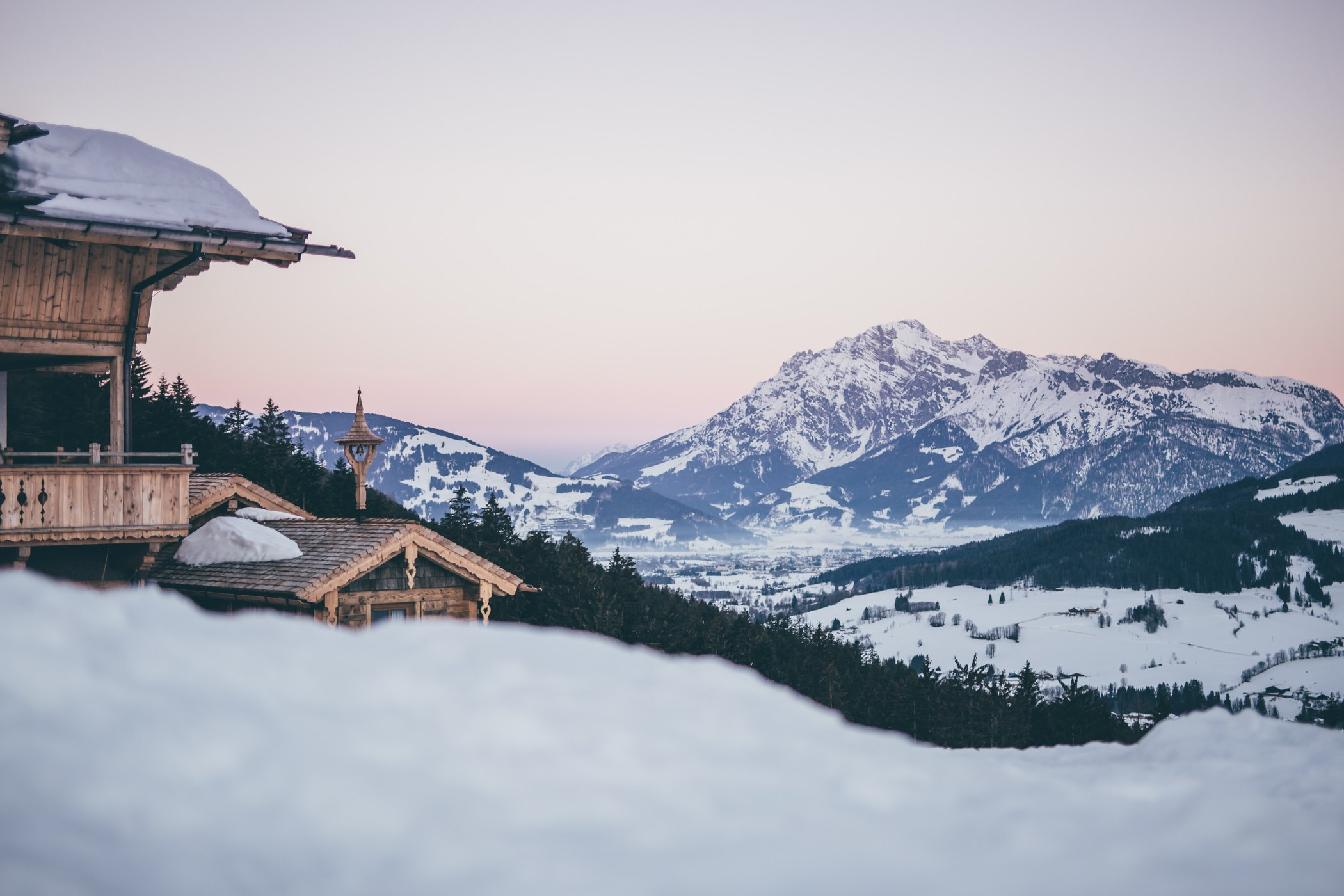Winter holidays in Austria - the best chalets and mountain resorts