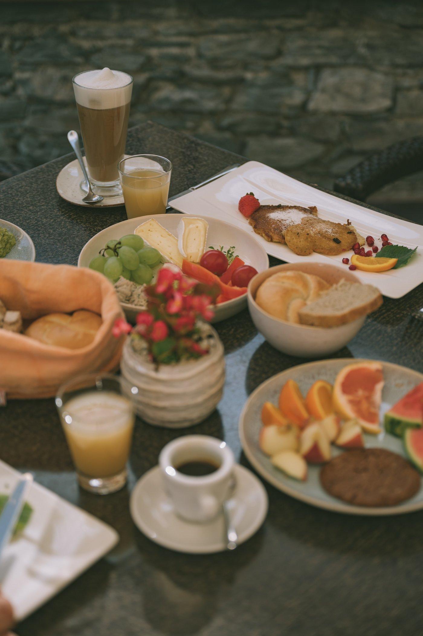 Vegan and vegetarian breakfast at Strandhotel Weissensee